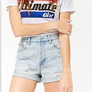 NWT Forever 21 light denim distressed jean shorts